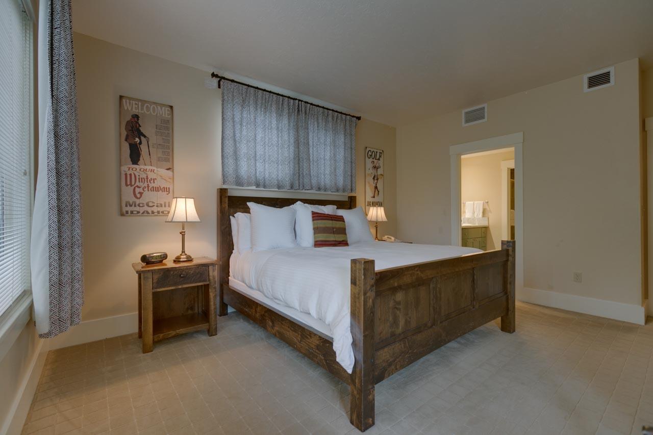1 Bed Condo (7)