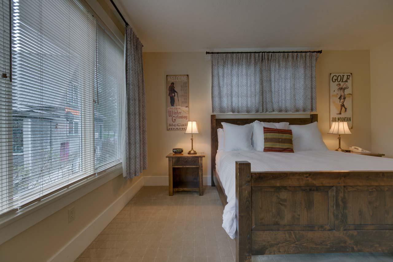 1 Bed Condo (8)